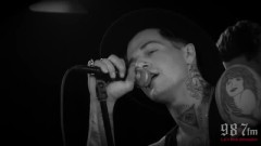Sweater Weather (Live Acoustic) - The Neighbourhood