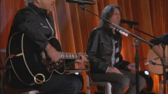 Feels Like The First Time (Live On The Queen Latifah Show) - Foreigner