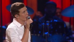 Water Tower Town (Live At The Grand Ole Opry) - Scotty McCreery