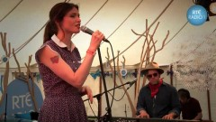 The Deer & The Wolf (Live On Radio1) - Sophie Ellis-Bextor