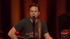Hillbilly Billy (Live At The Grand Ole Opry) - Charles Esten