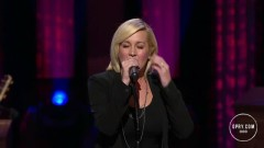 Walking After Midnight (Live At The Grand Ole Opry) - Kellie Pickler