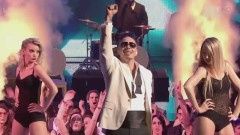 Medley: International Love & Give Me Everything (Live At NRJ Music Awards 2012) - Pitbull,M. Pokora