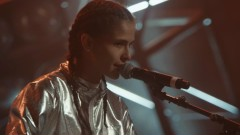 Bass For My Thoughts (Live Vevo Dscvr) - 070 Shake