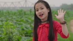 Chào Việt Nam - Cao Lê Hà Trang