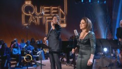Auld Lang Syne (Live On The Queen Latifah Show) - Gloria Estefan, Joshua Bell