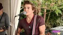 Still Fallin (Acoustic) - Hunter Hayes