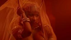 Ganja Burns - Nicki Minaj