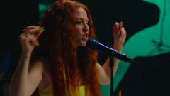 All I Am (Acoustic Performance) - Jess Glynne