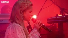 Rooting For You (Glastonbury 2017) - London Grammar