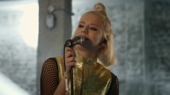 Fool's Gold (Live) - Dagny