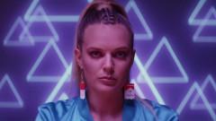 Bitches - Tove Lo, Charli XCX, Icona Pop, Elliphant, Alma