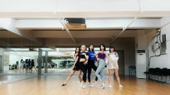 Between Us (Dance Practice) - LABOUM