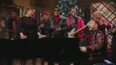 What Christmas Means to Me (Live from A Legendary Christmas with John and Chrissy) - John Legend