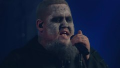 Wolves (Live Full VevoHalloween 2017) - Rag'N'Bone Man