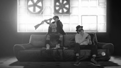 Guns & Flowses - Moriarty, Shupie