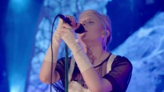 Under The Water (Live) - Aurora