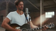 Lay With Me (Acoustic Session) - Andy Brown