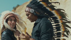 Nos Fuimos Lejos (Acoustic Version - Official Video) - Descemer Bueno, Enrique Iglesias, Bebe