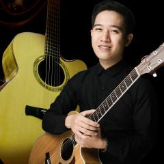 Guitarist Duy Phong