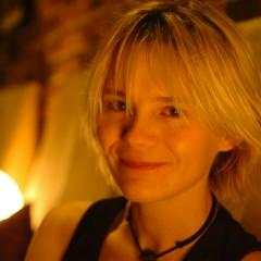 Nghệ sĩ Lisa Dillan