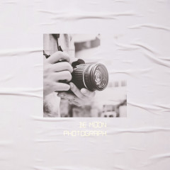 Photograph (Single) - De Moon