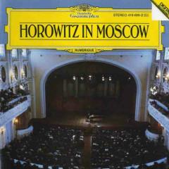 In Moscow: Scarlatti, Mozart, Rachmaninoff, Scriabin, Chopin, Schumann,Etc  - V. Horowitz