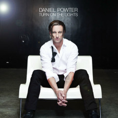 Turn On The Lights - Daniel Powter