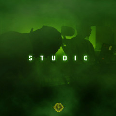 Studio - Green Club