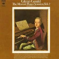 Mozart - Piano Sonatas Nos. 6, 7 & 9 - Glenn Gould