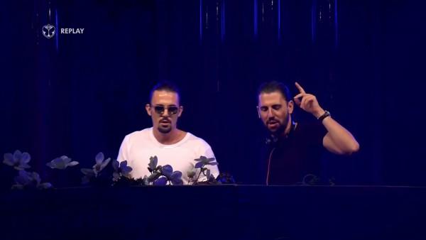 Tomorrowland Belgium 2015 (Live Dimitri Vegas & Like Mike)